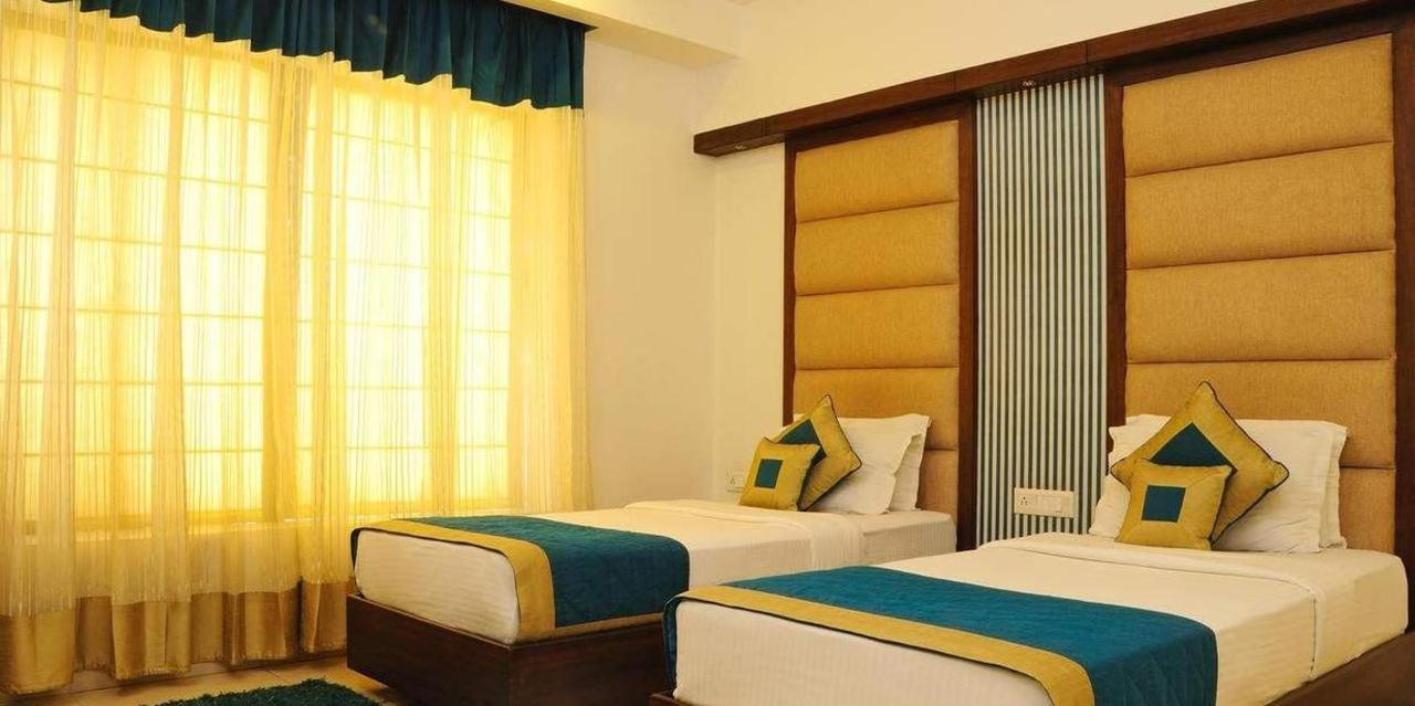 Executive Double or Twin Room with Airport Pickup2.jpg