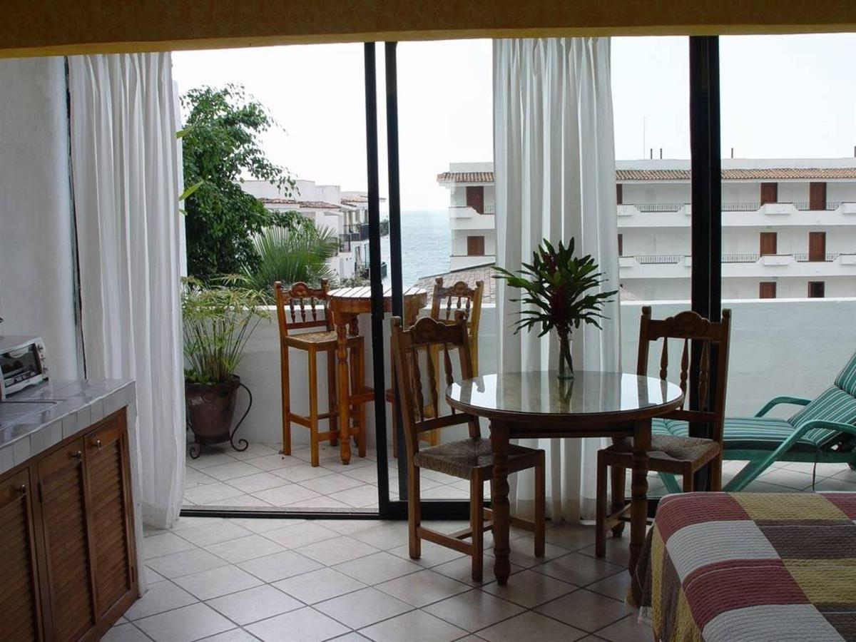 The rooms- La Terraza Inn.jpg