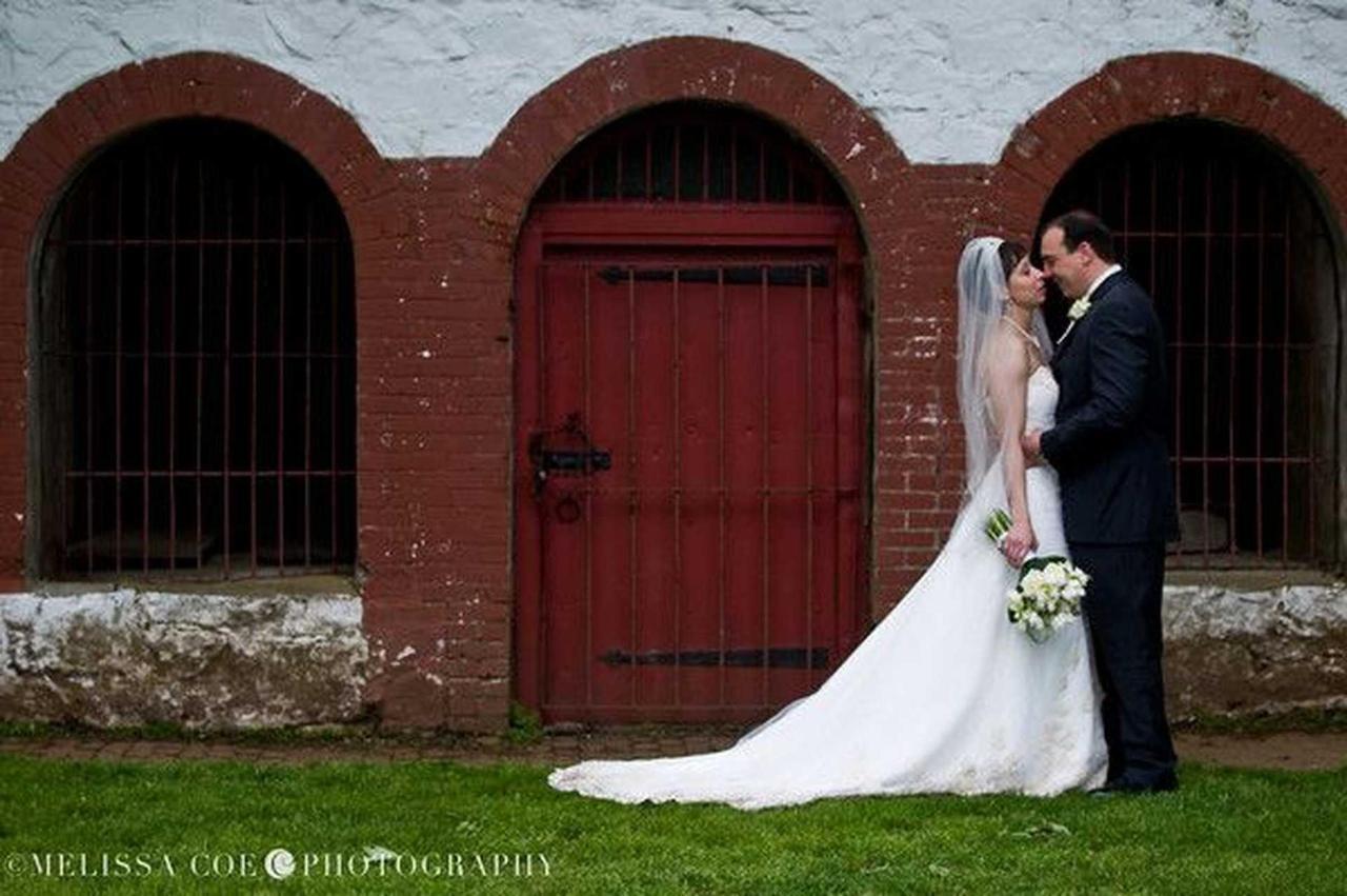 Weddings at Harbor Light