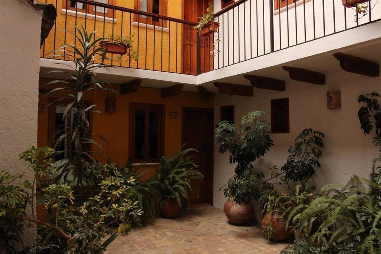 The Hotel - Verde.jpg