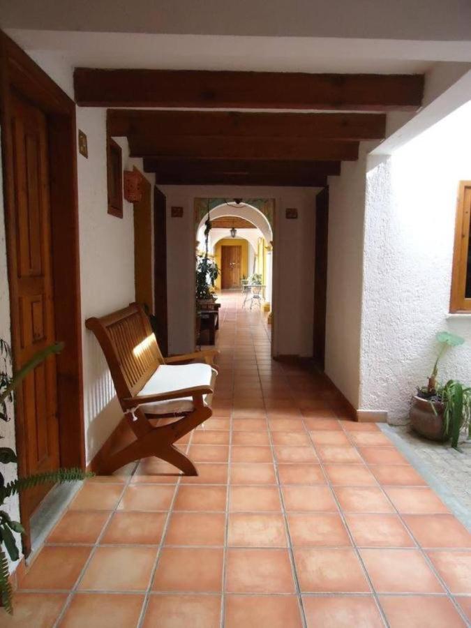 El Hotel - Pasillos.jpg