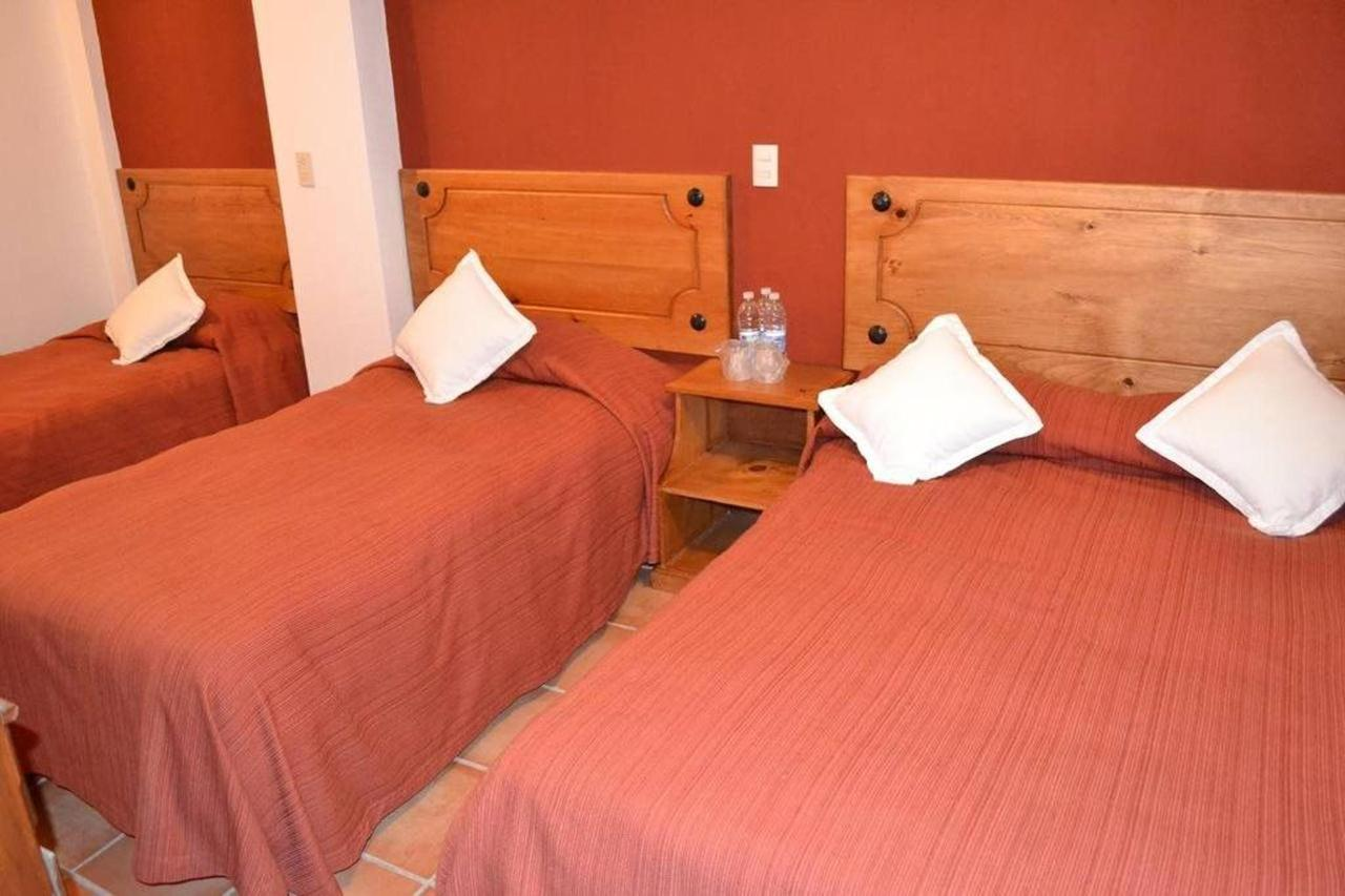 -3 chambres camas.jpg