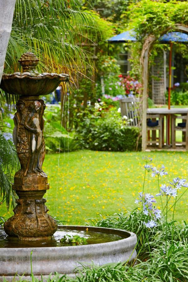 The Inn & Gardens