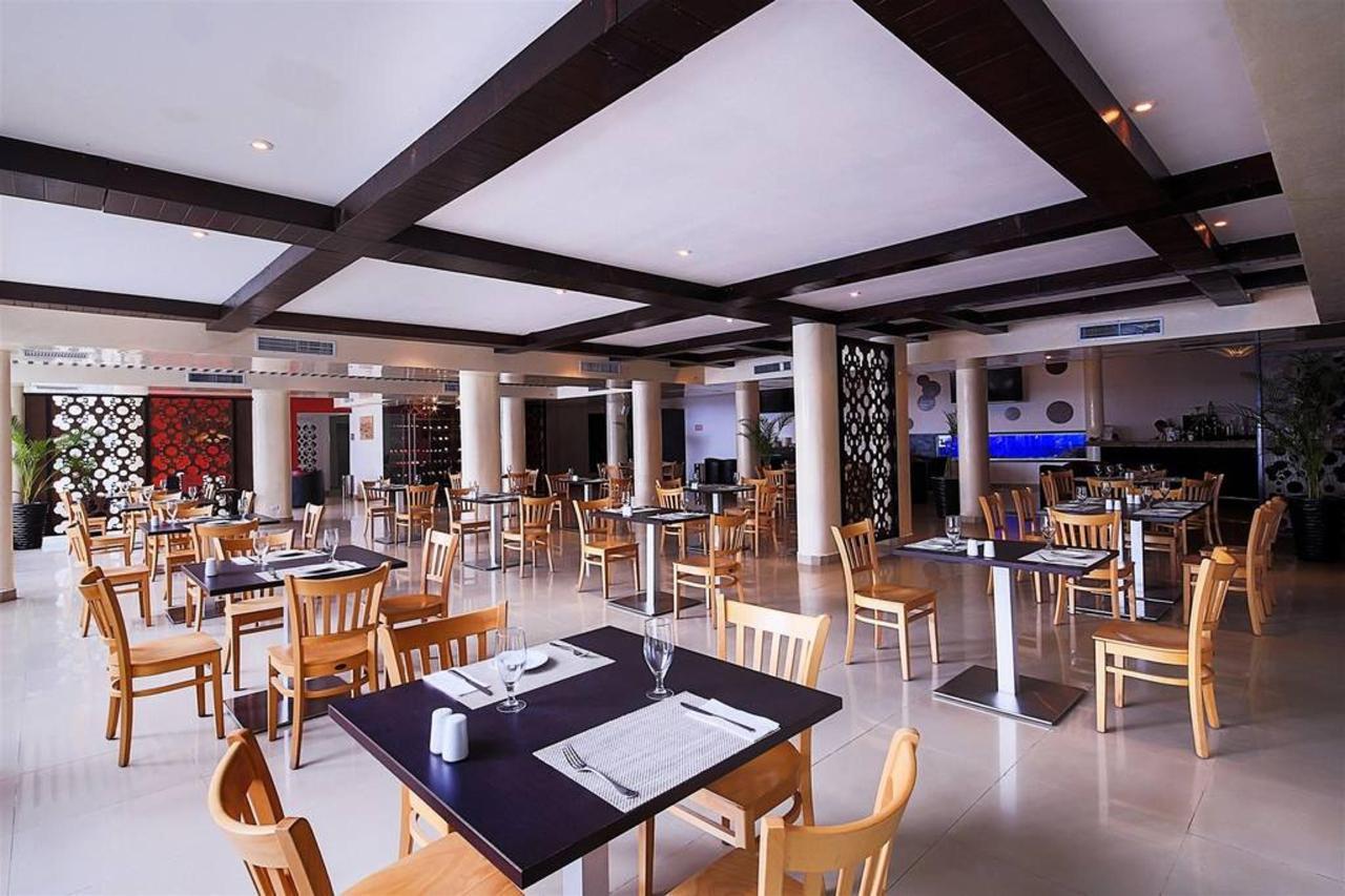 Le Reve Hotel & Spa - Merlot.jpg