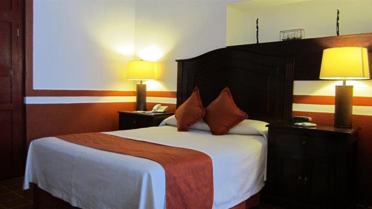 Rooms - Standard.jpg