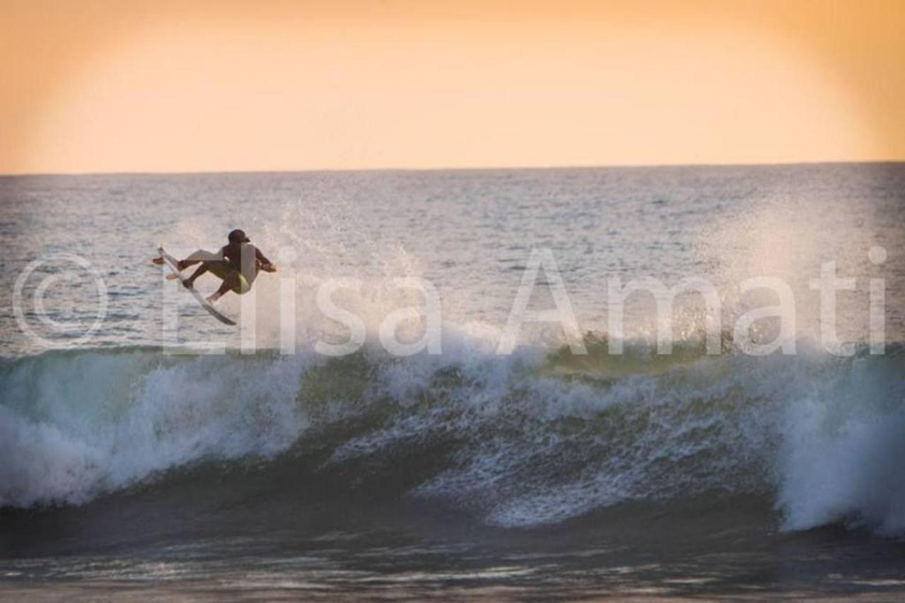 Surf Team Rider Miki