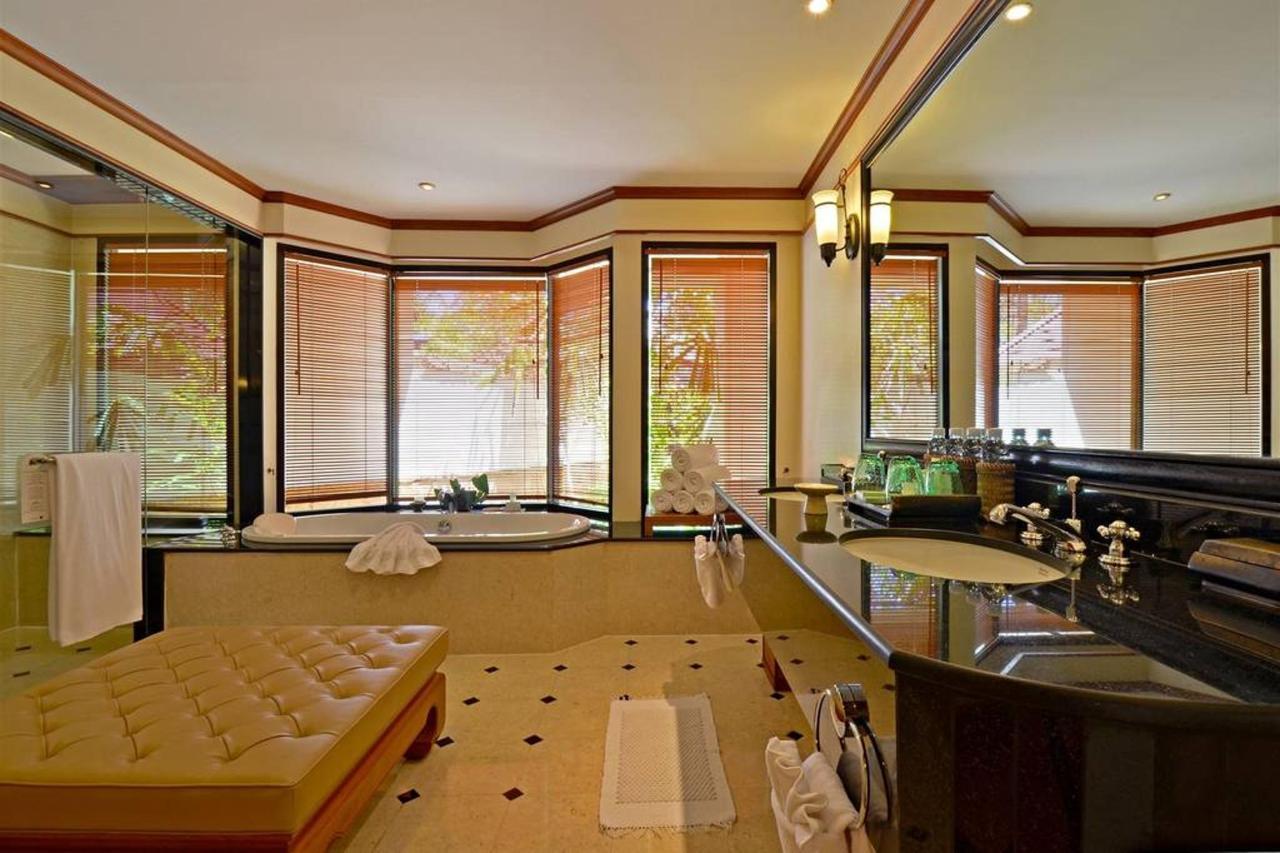 ห้องอาบน้ำ - ประเภทห้องสวีทและวิลล่า.jpg