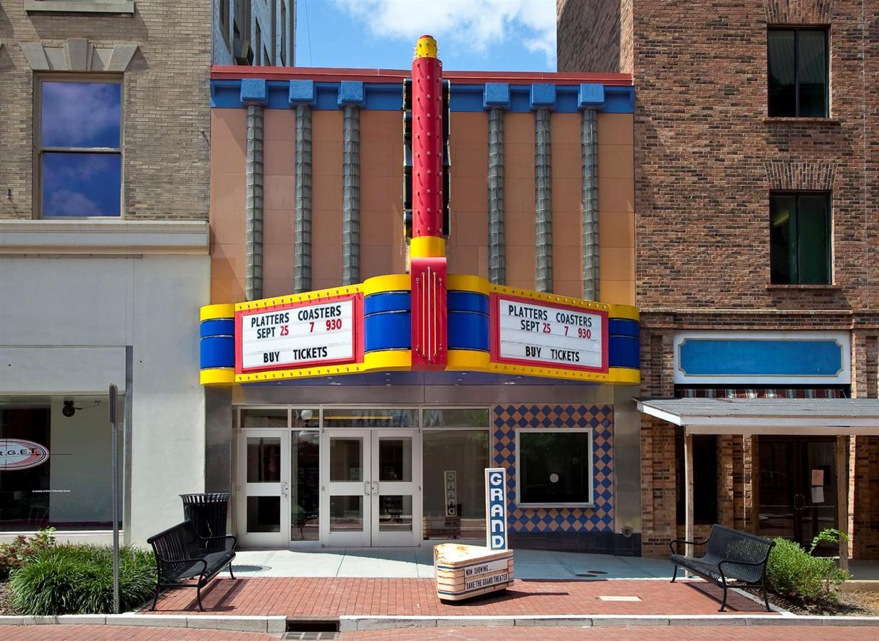 Grand Theatre.jpg