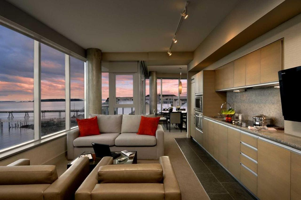 One-Bedroom Suite with Ocean View