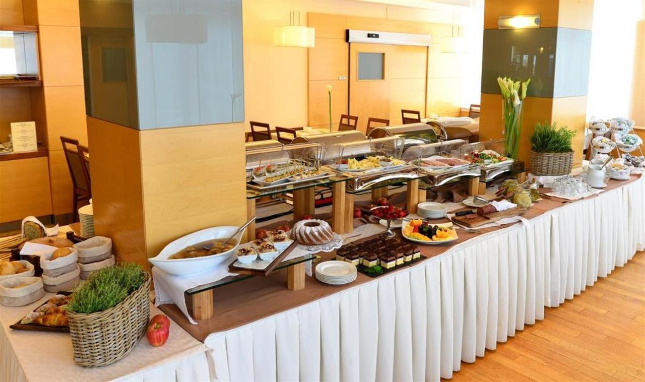 Hotel Lovec - Zajtrk