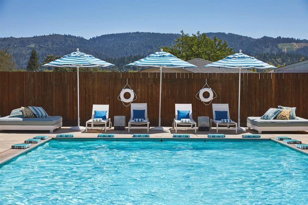 MoonAcre Spa and Baths