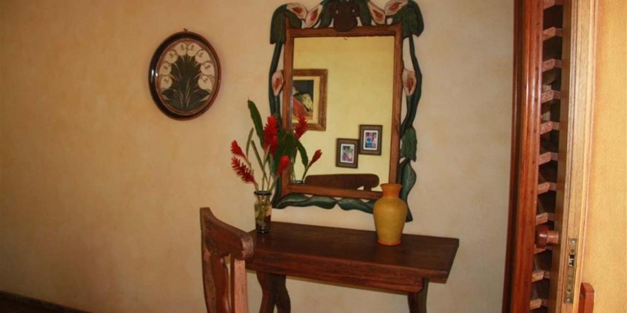 Habitacion Calla Lily.jpg