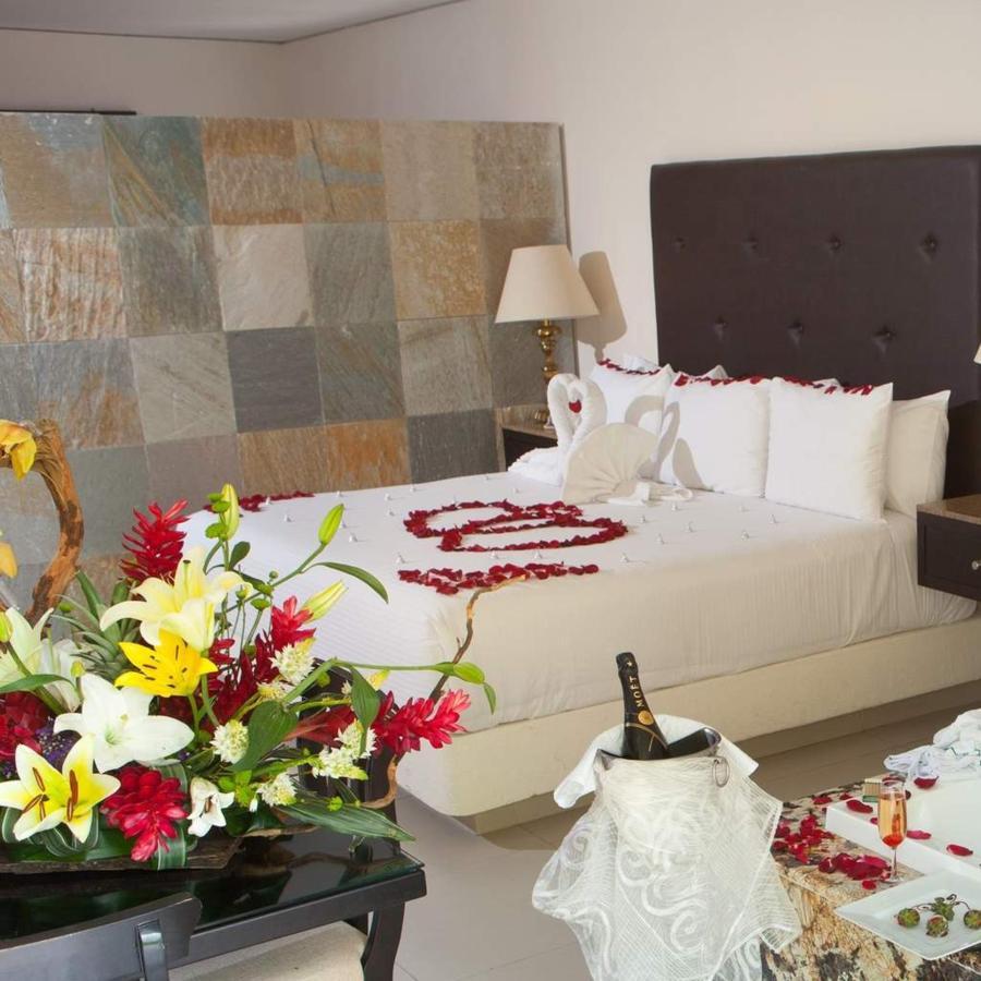 Habitaciones - Románticos.jpg