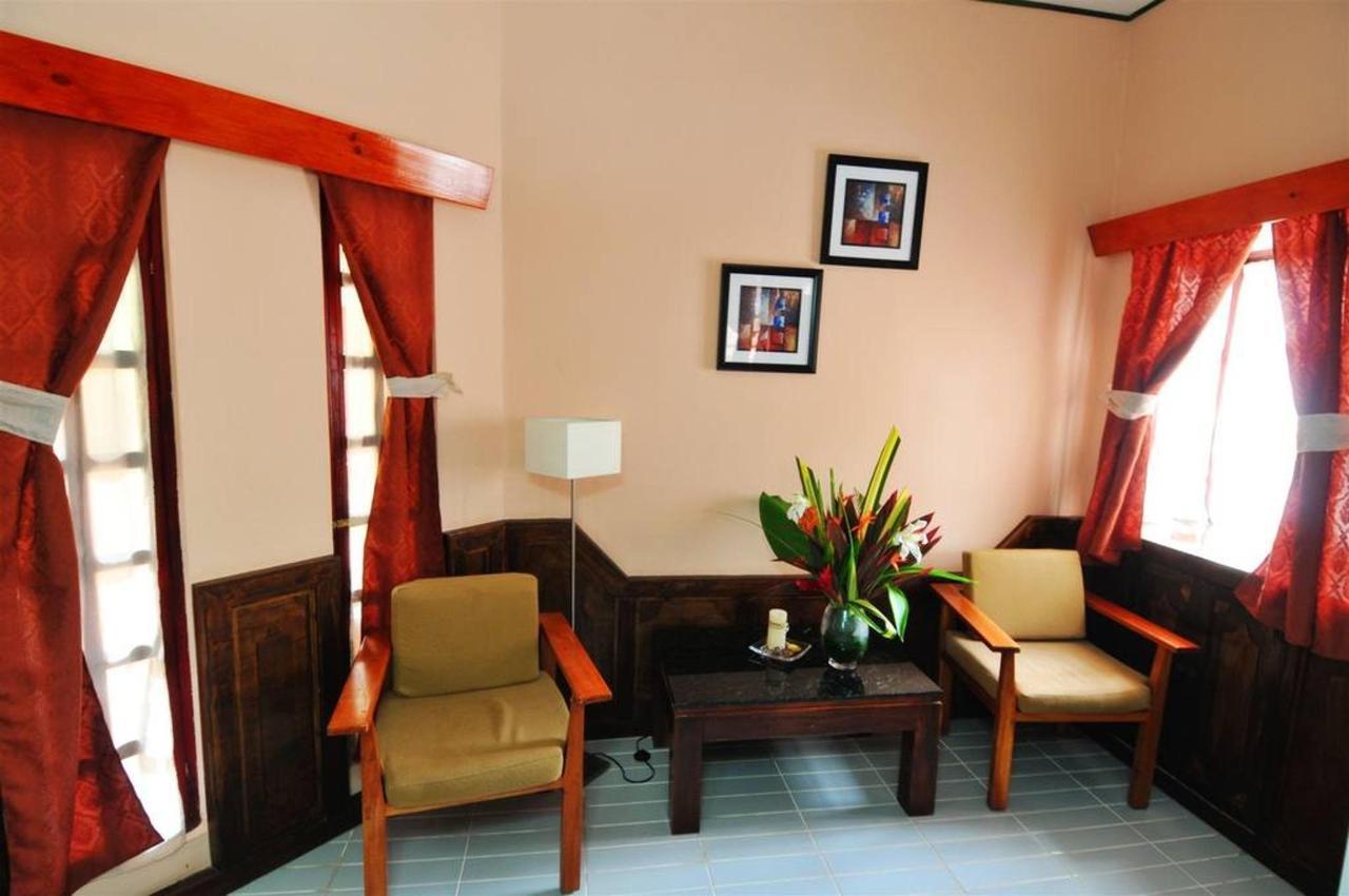 Rooms - Superior Triple Room .jpg