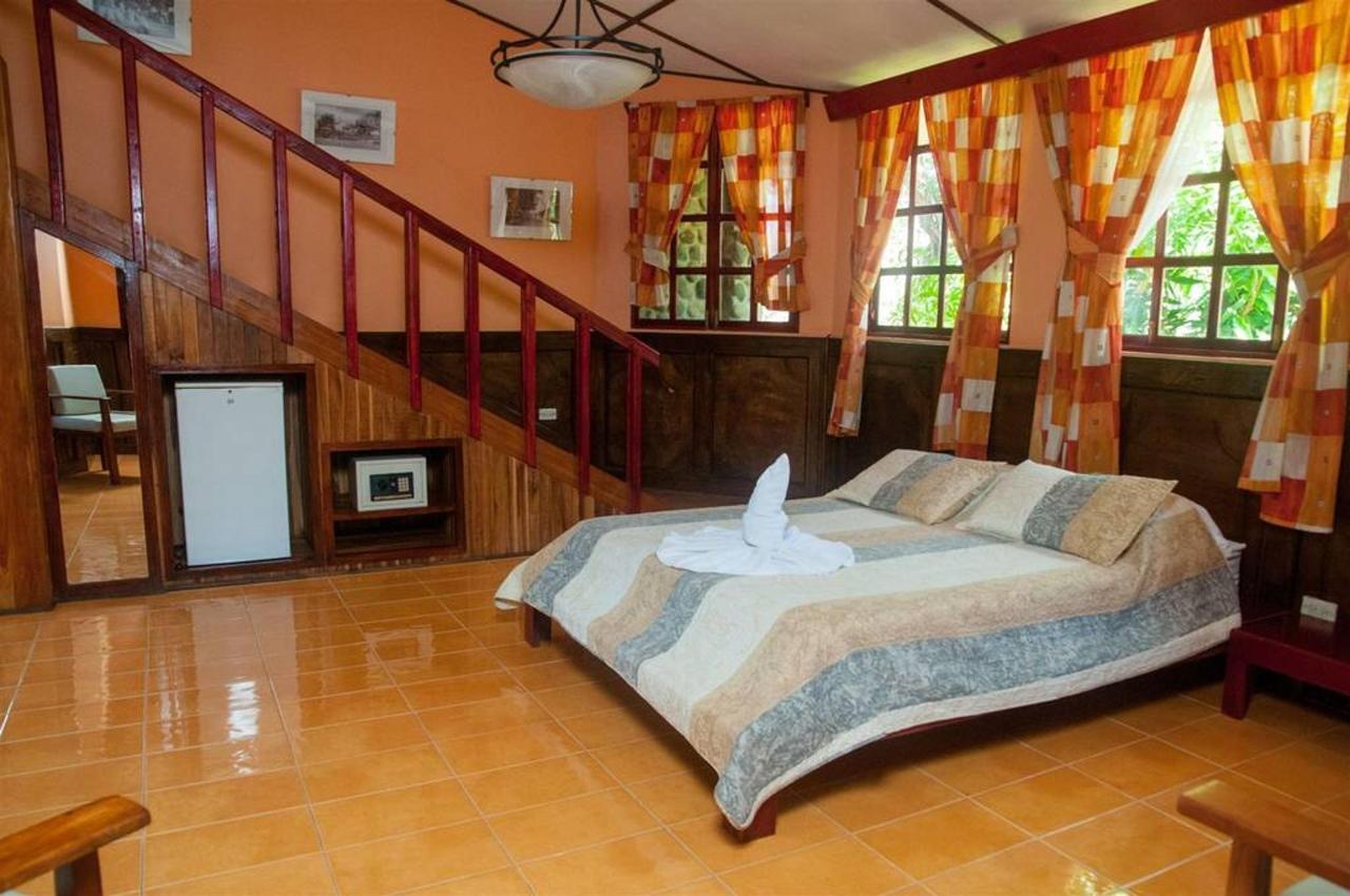 Playa Bejuco Hotel - Rooms.jpg