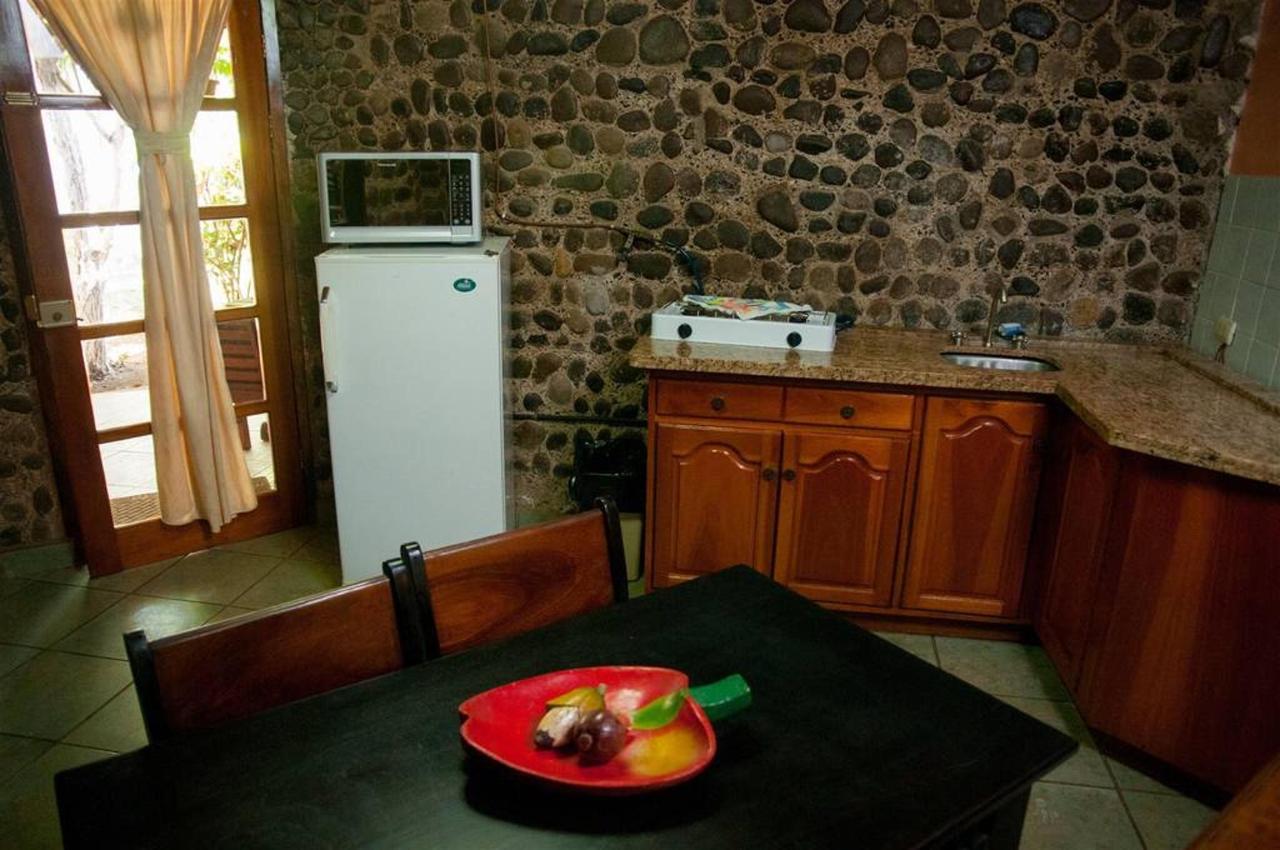 Villa with Kitchen.jpg