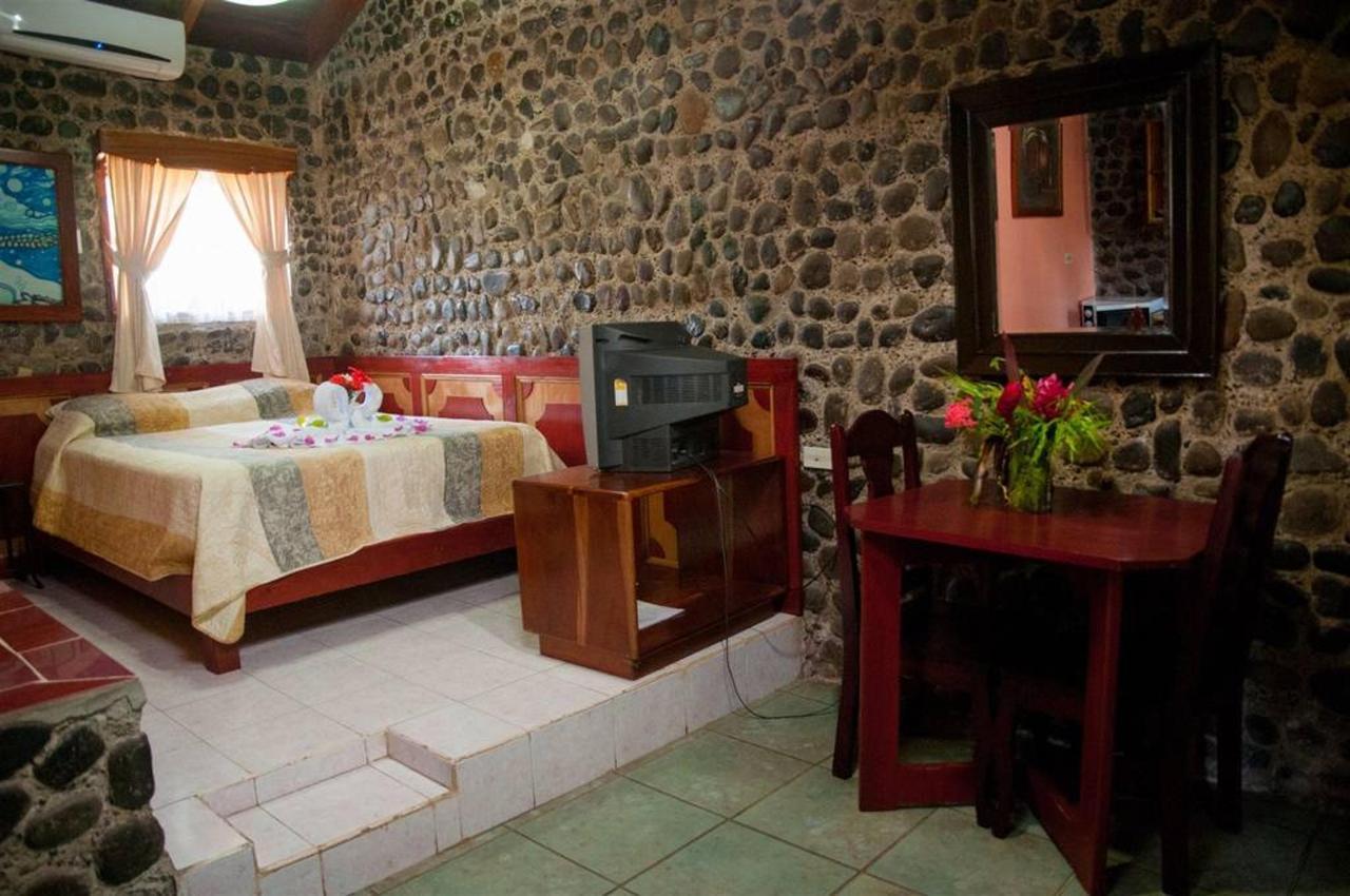 Habitación familiar con cocina.jpg