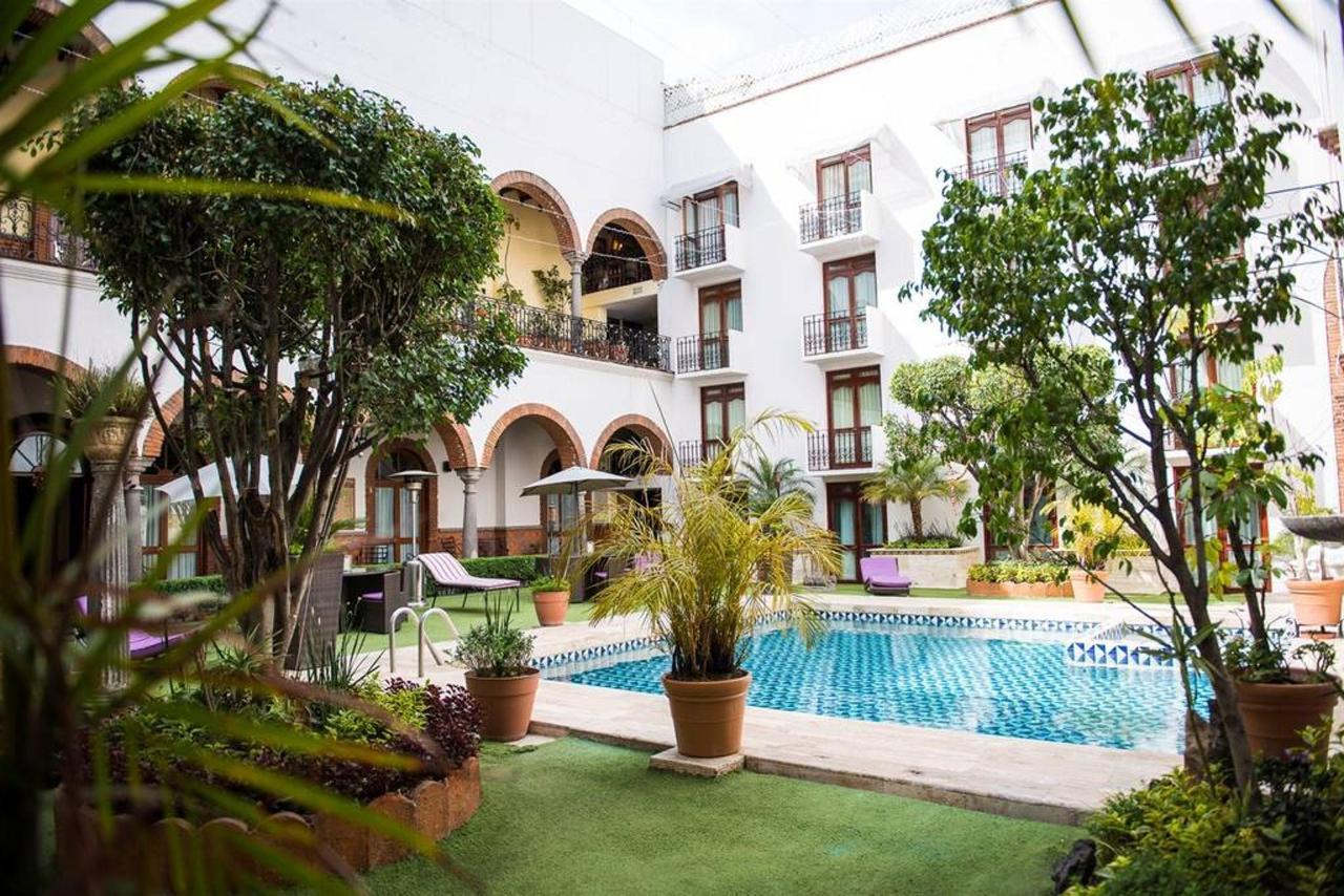 Alberca - hotel San Pedro.jpg