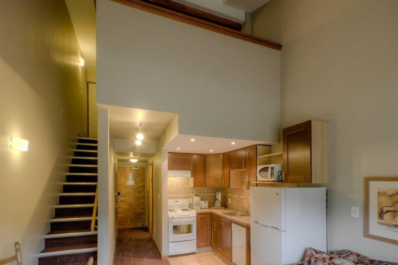 Loft Kitchenette.jpg