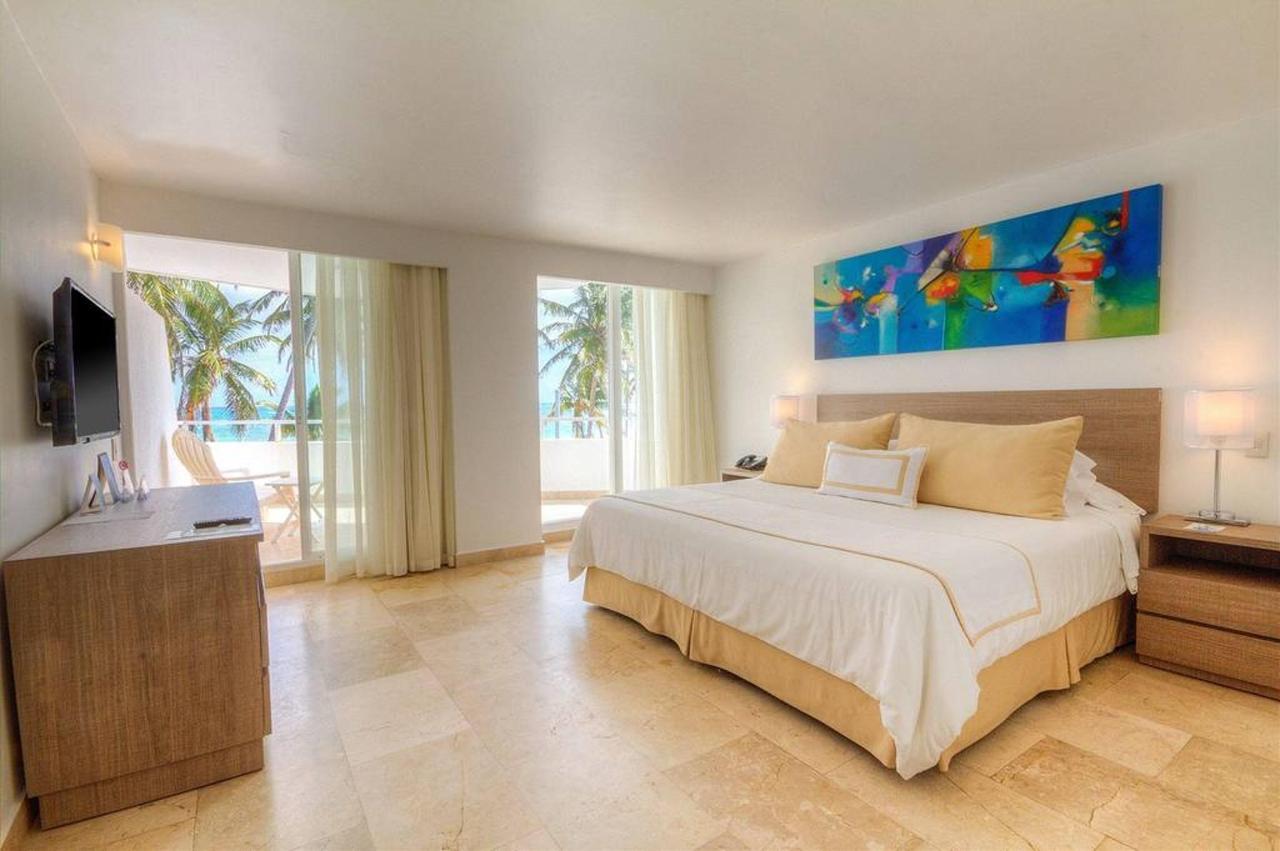 Superior Room Sea View.jpg
