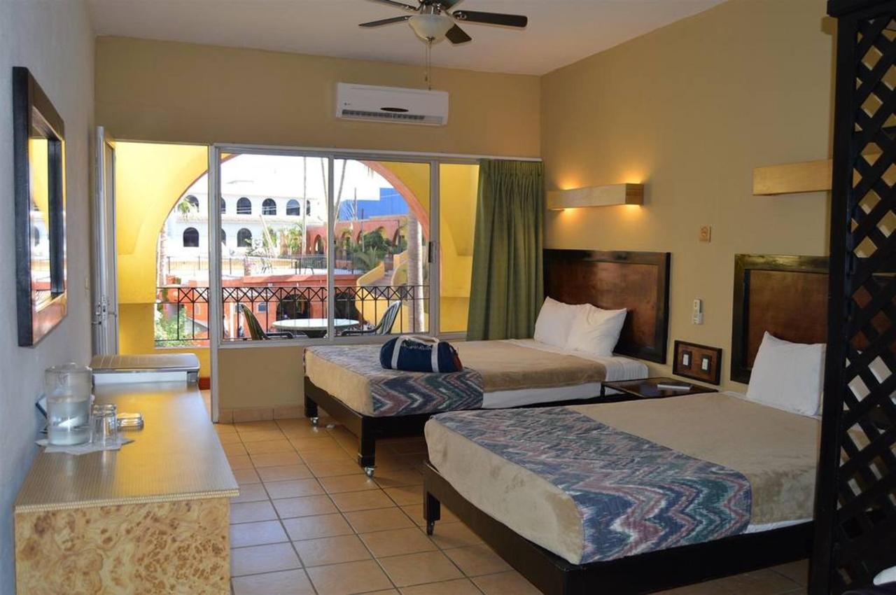 Habitaciones, Hotel Mar de Cortez, Cabo San Lucas, México