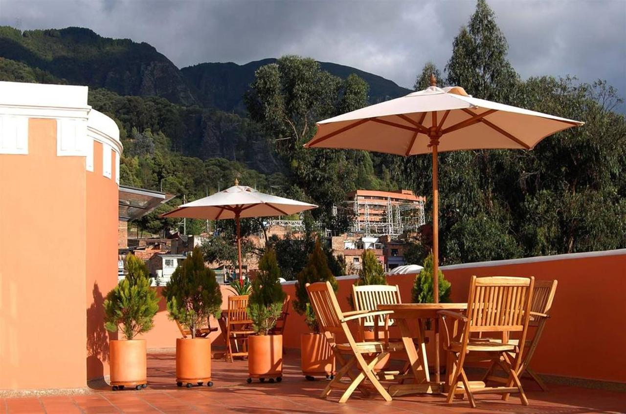 Terraza, Hotel Casa Deco, Bogotá, Colombia.jpg