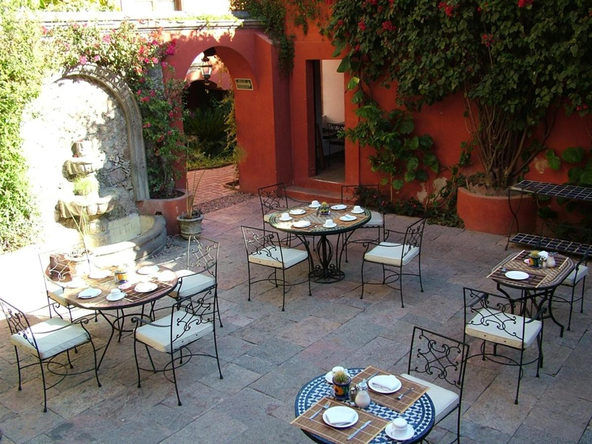 Patio Central Restaurant, Hotel Casa Rosada Adults Only, Guanajuato, Mexico.jpg