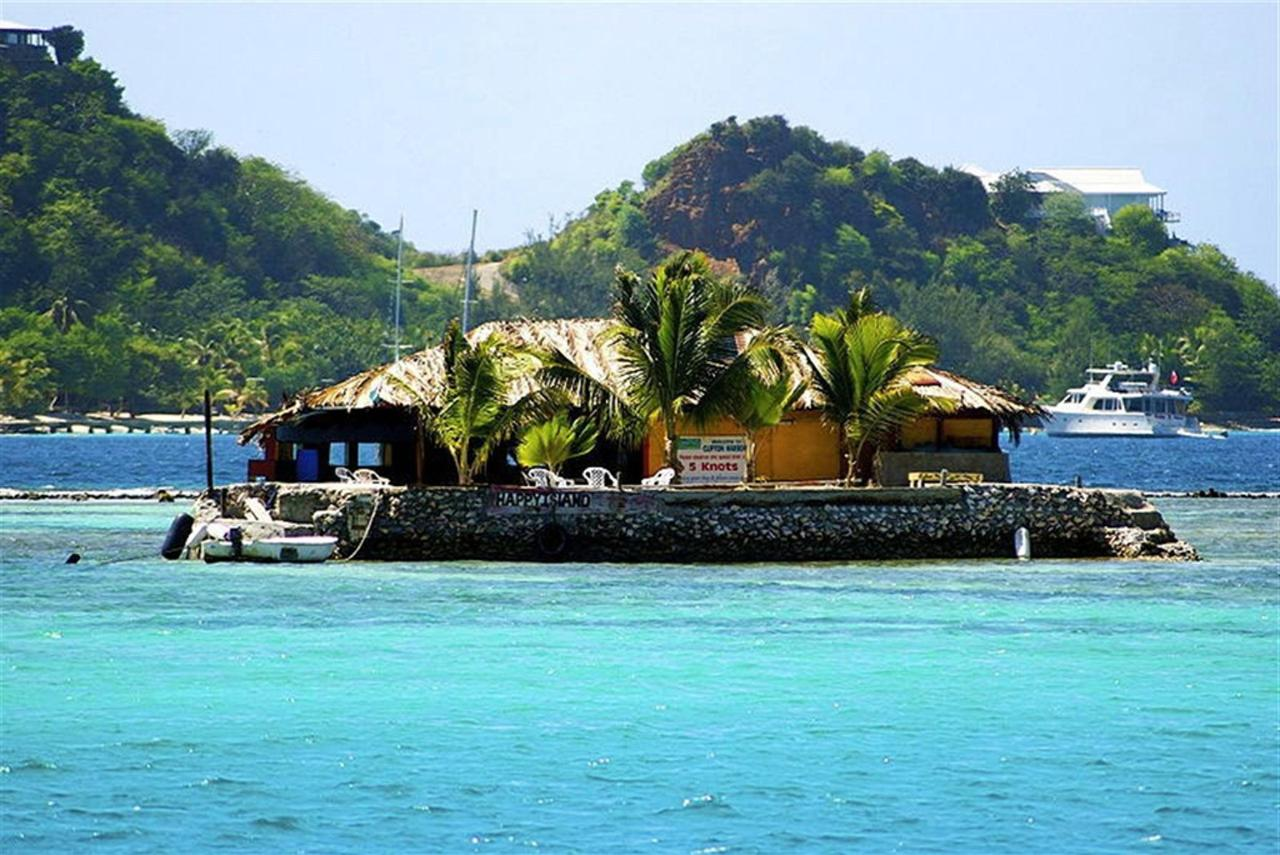 Grenadines Island Hopping