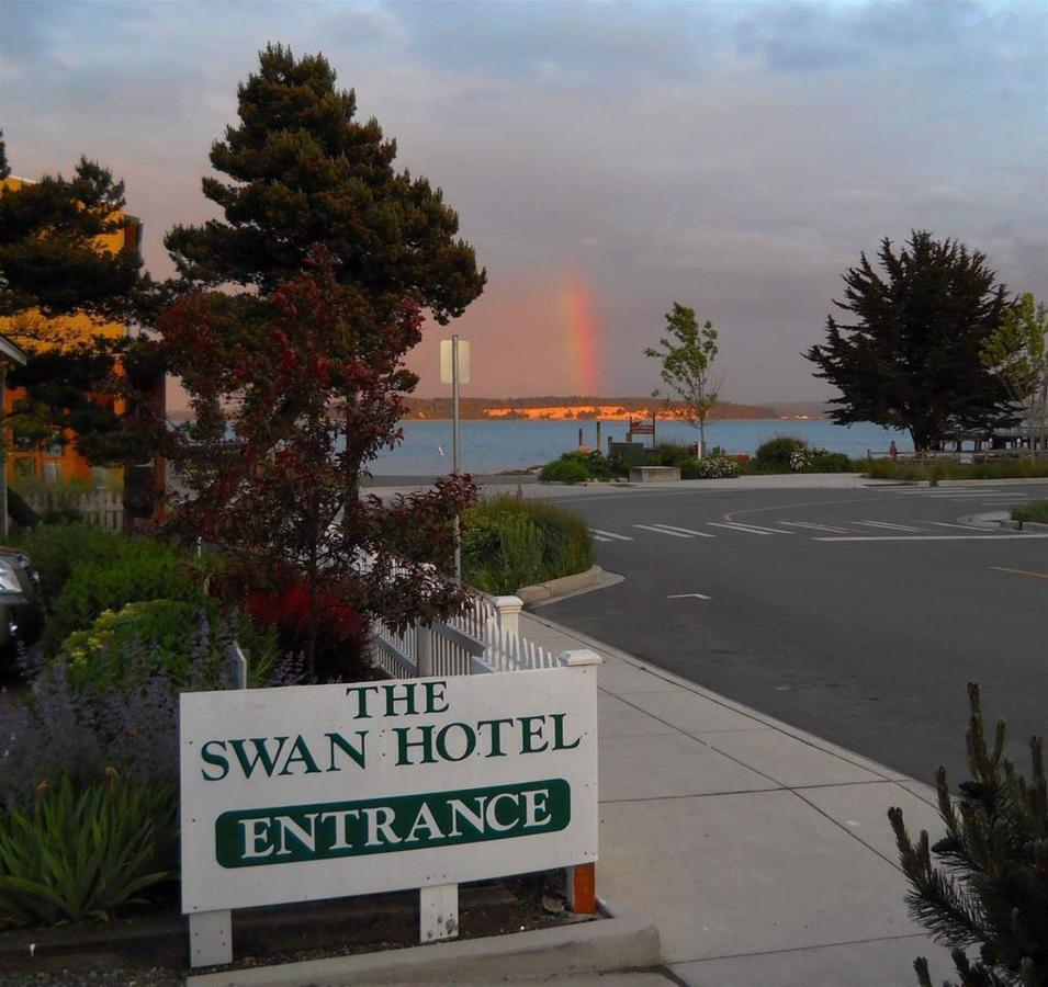 Around the Swan Hotel
