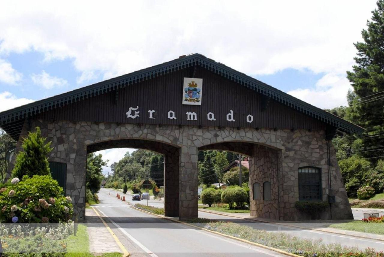 Cinnamon and Gramado
