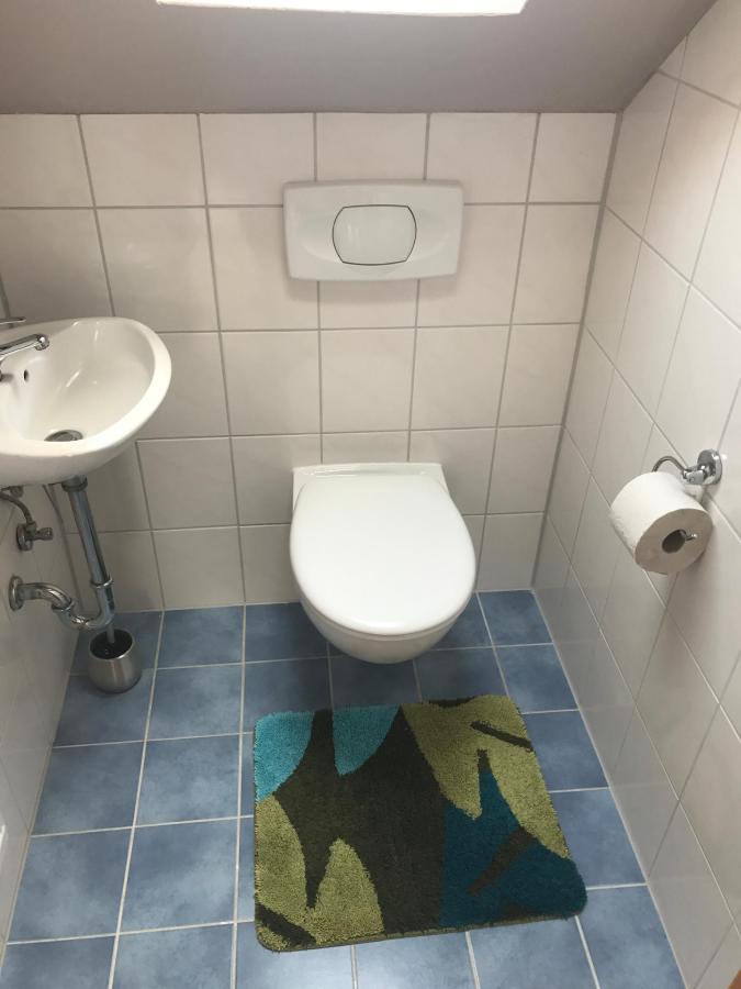 toilet (3rd floor)