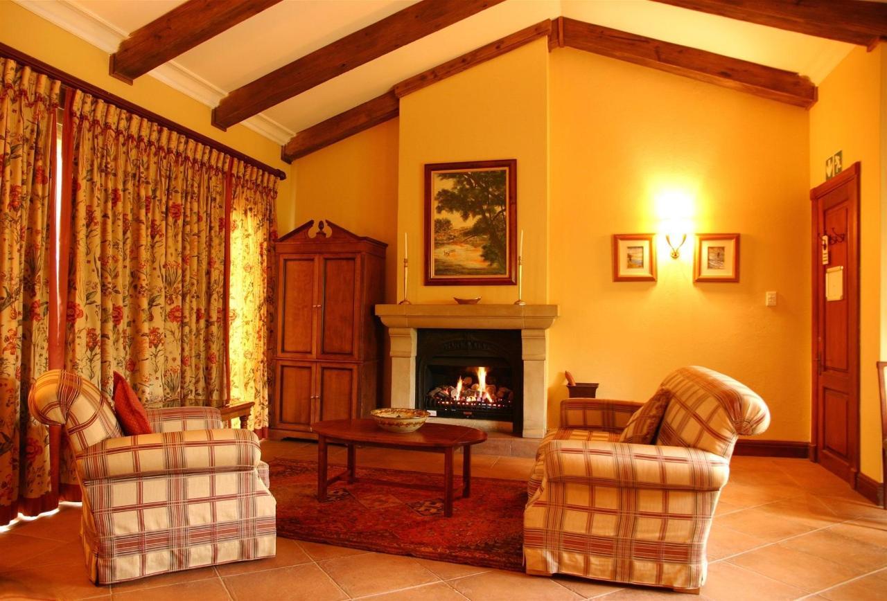 Gooderson Kloppenheim Country Estate LakeSide Suites.jpg