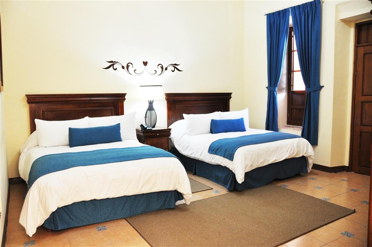 Deluxe Queen Rooms, Gran Casa Sayula Hotel Galeria & SPA, Sayula, Mexico.jpg