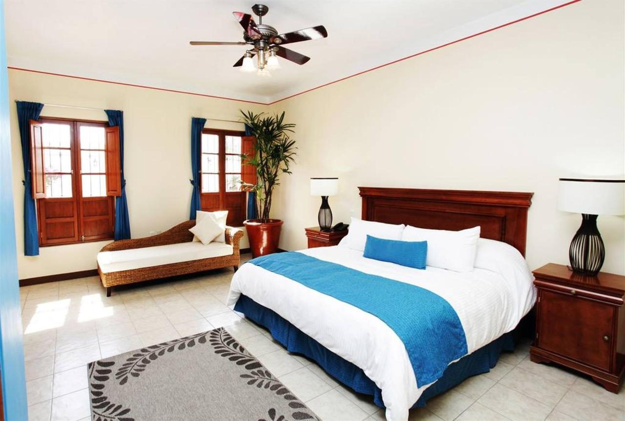 Rooms Master Suite, Gran Casa Sayula Hotel Gallery & SPA, Sayula, Mexico.jpg