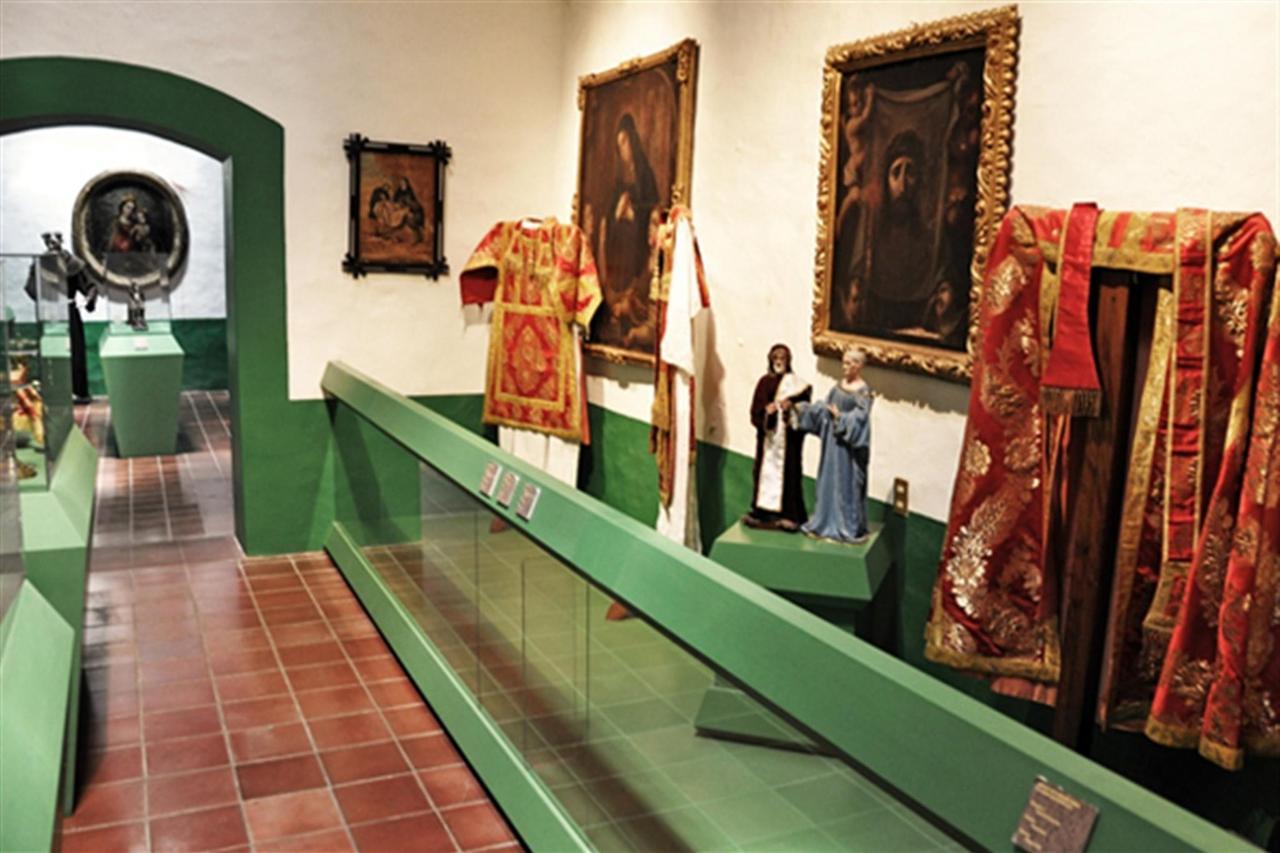 Museo de Arte Sacro, Explora Sayula, Gran Casa Sayula Hotel Galeria & SPA, Sayula, Mexico.jpg