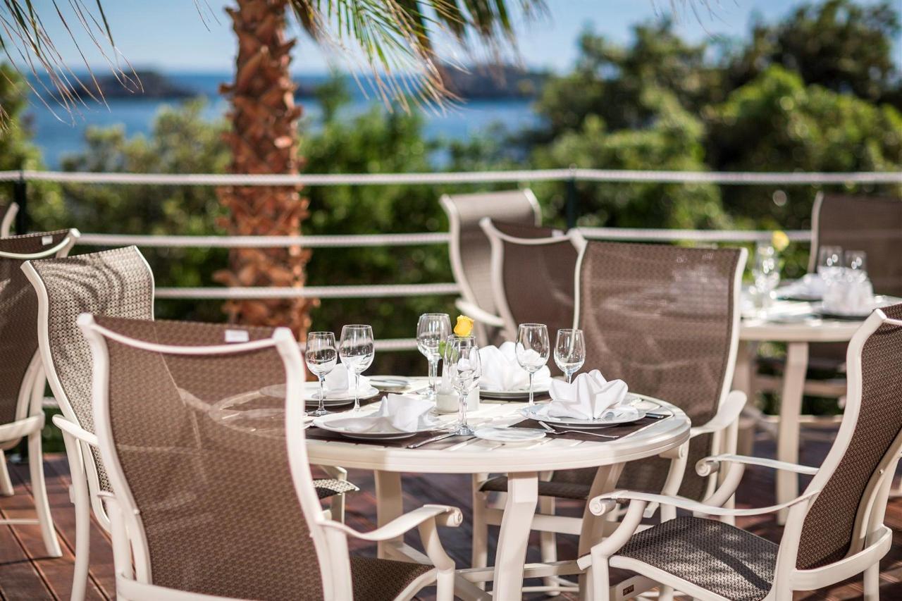 La Castile Restaurant.jpg
