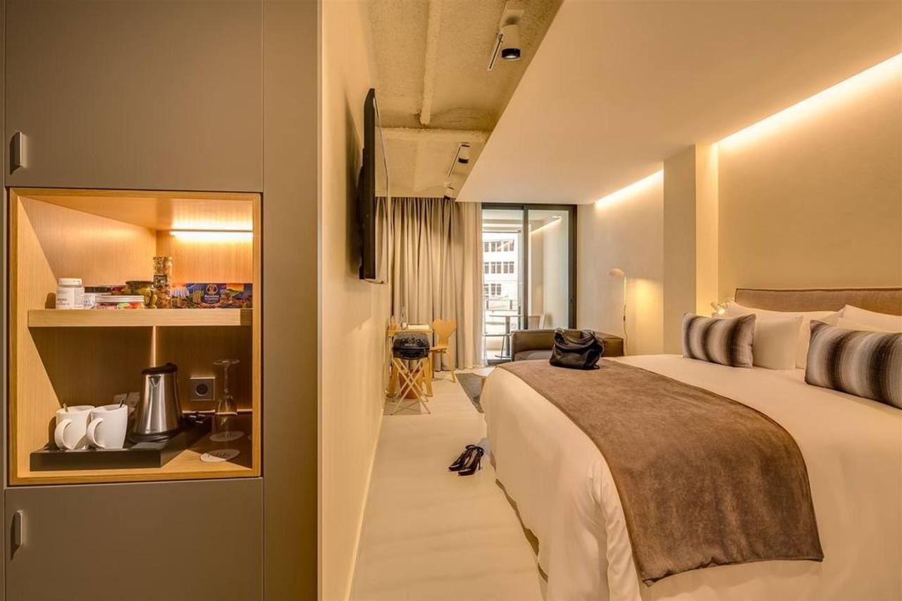 deluxe-room-2.jpg.1024x0.jpg