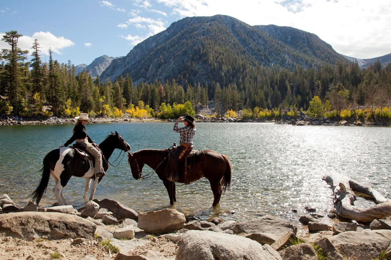 horseback-riding-to-sherwin-lakes-trail-13.jpg