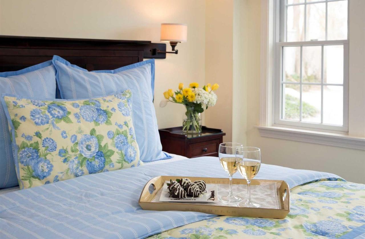 guestrooms-ryders-cove-1.jpg.1920x0.jpg