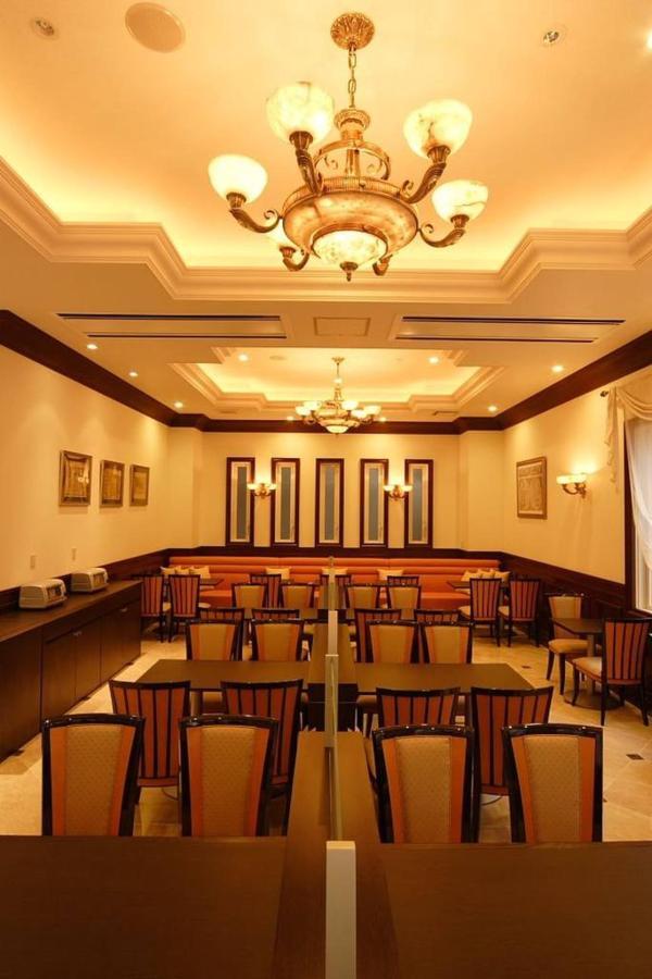 restaurant9.JPG.1024x0.jpg