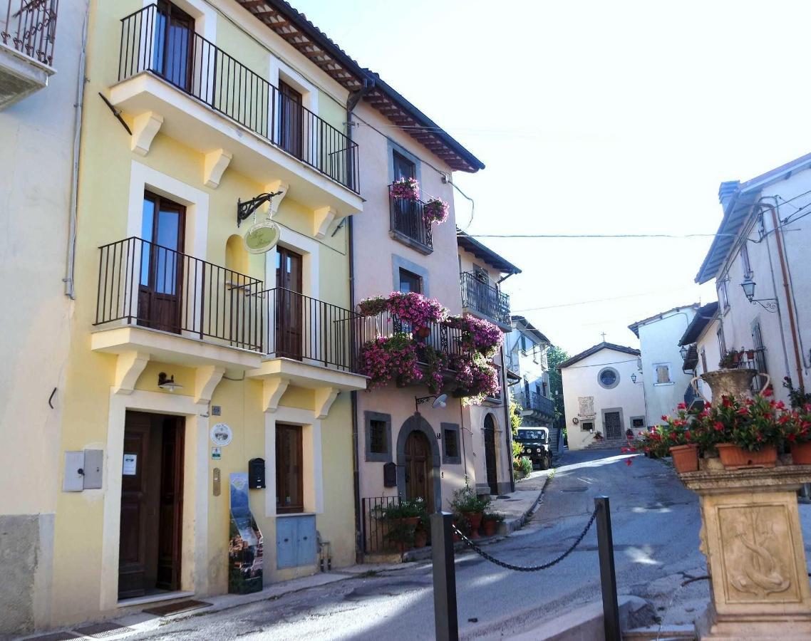 Borgo villa Retrosi