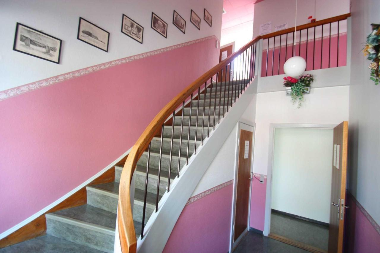 trappe opgang til 1. sal