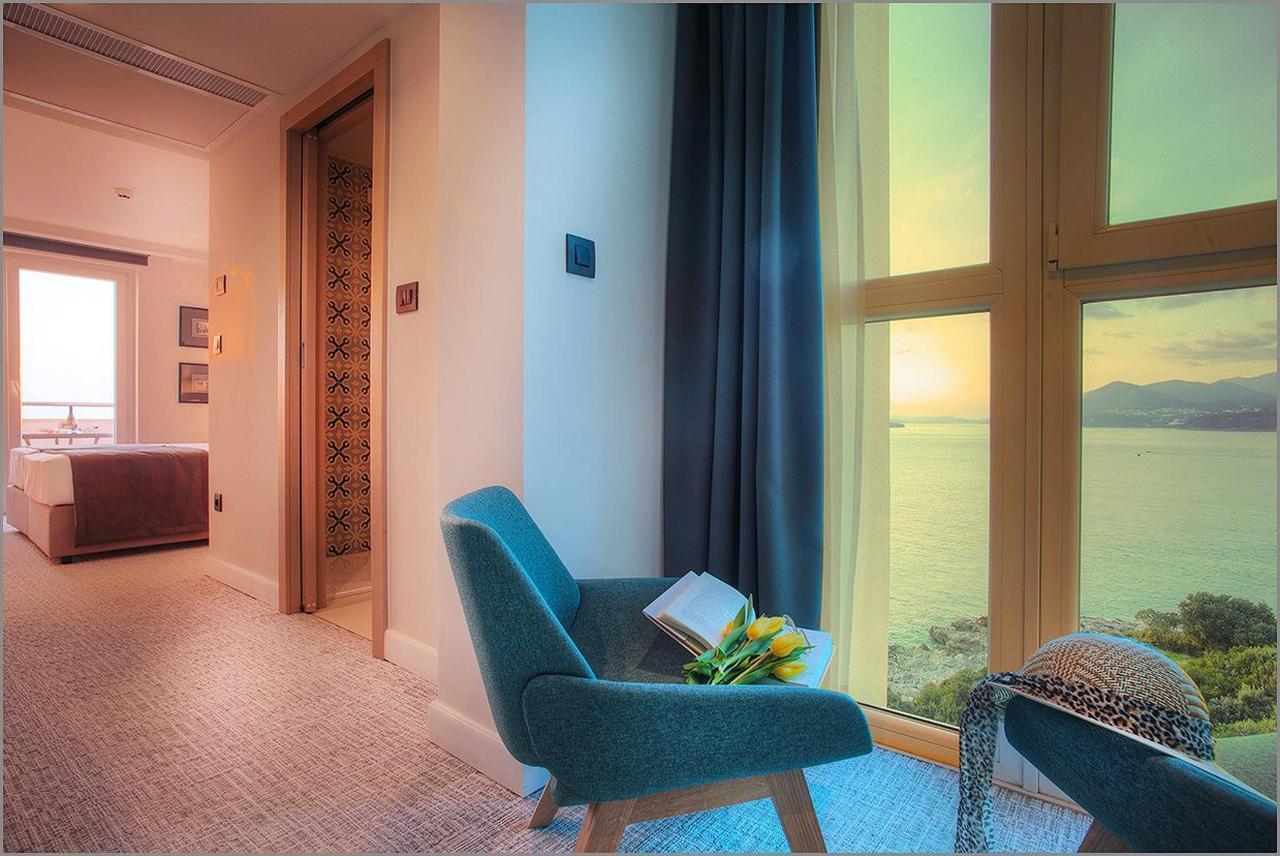 Premium-Meerblick-Zimmer-mit-Balkon1-1.jpg