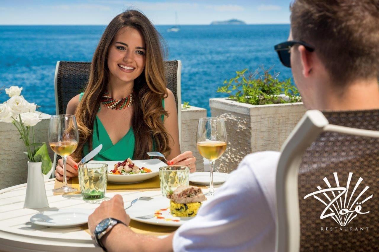 zoe-restaurant.jpg