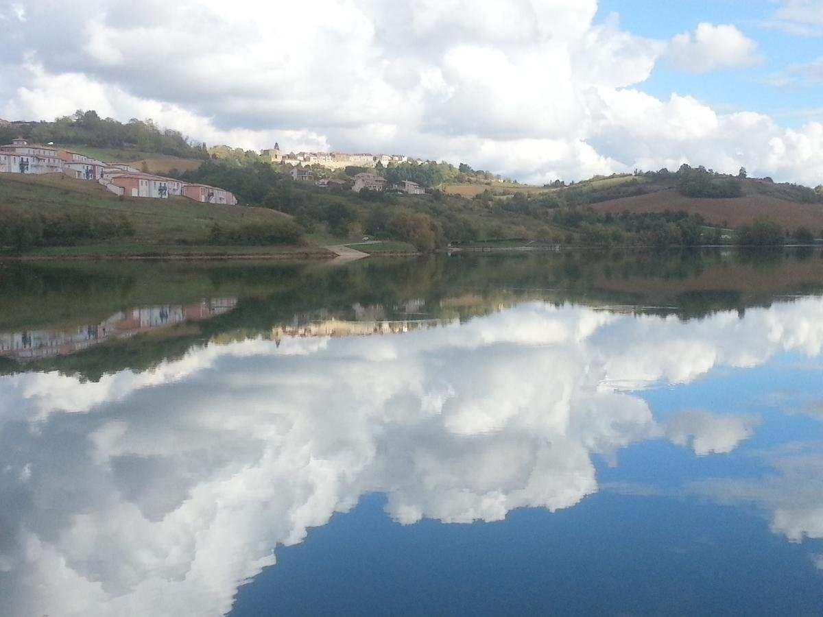 Lac de Carla Bayle.jpg