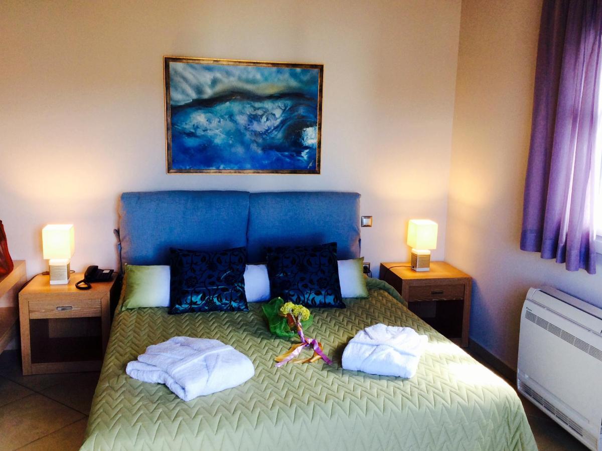 Rooms(extra photos)