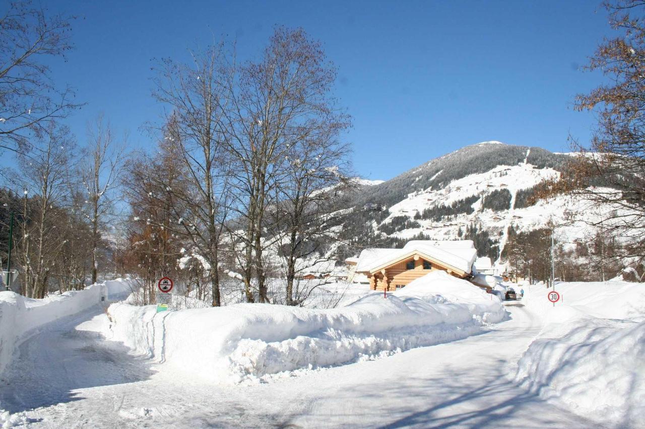 Blick zum Thurntaler Skigebiet.JPG