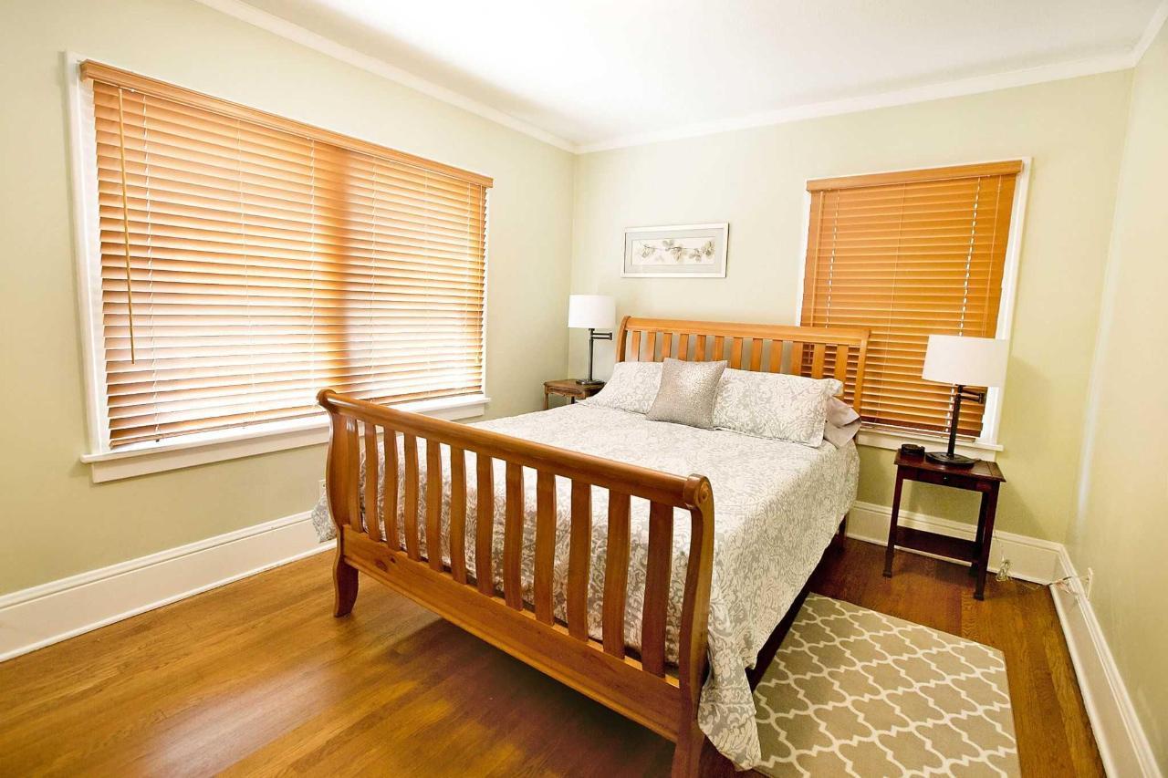 Audubon Guestroom with Sleigh Bed.jpg