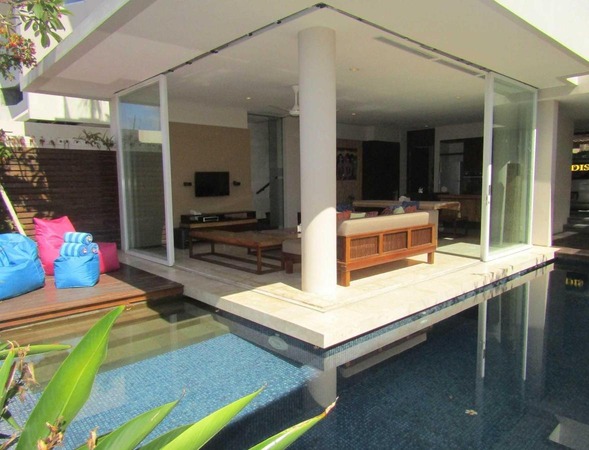 3-Bedroom Villa Jimbaran Bay View