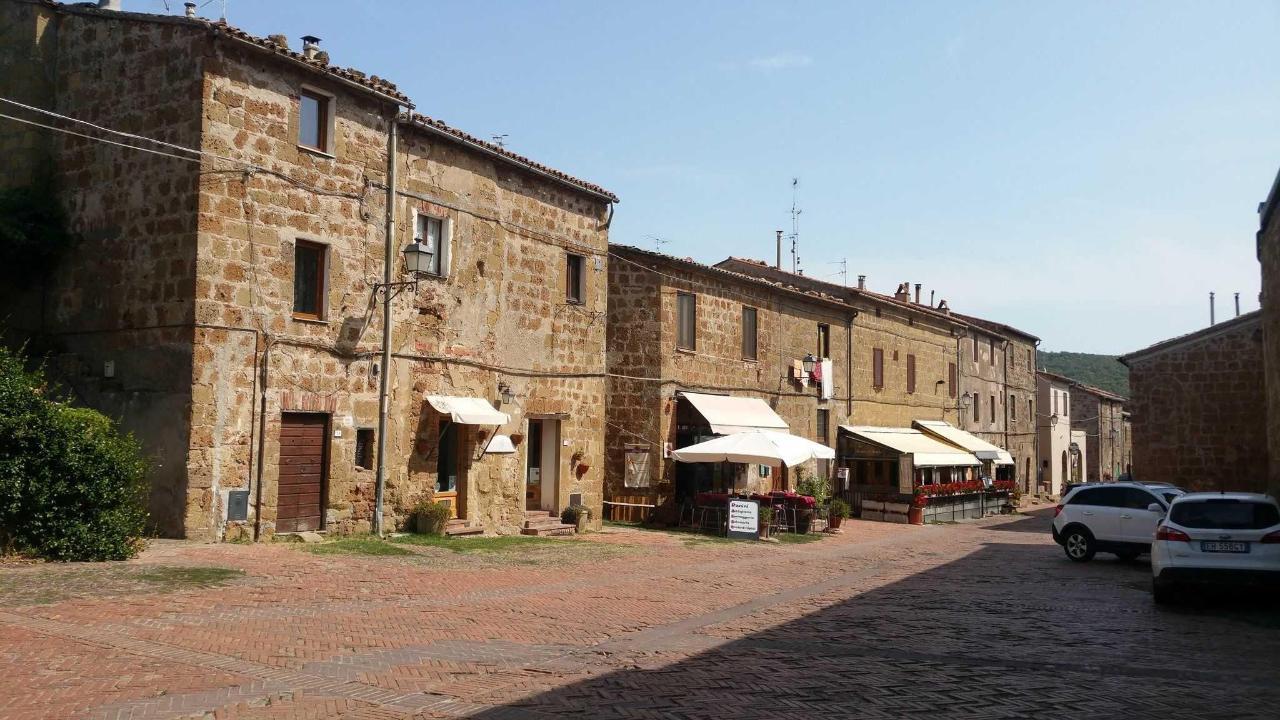 Sovana, Sorano, Pitigliano (Maremma)